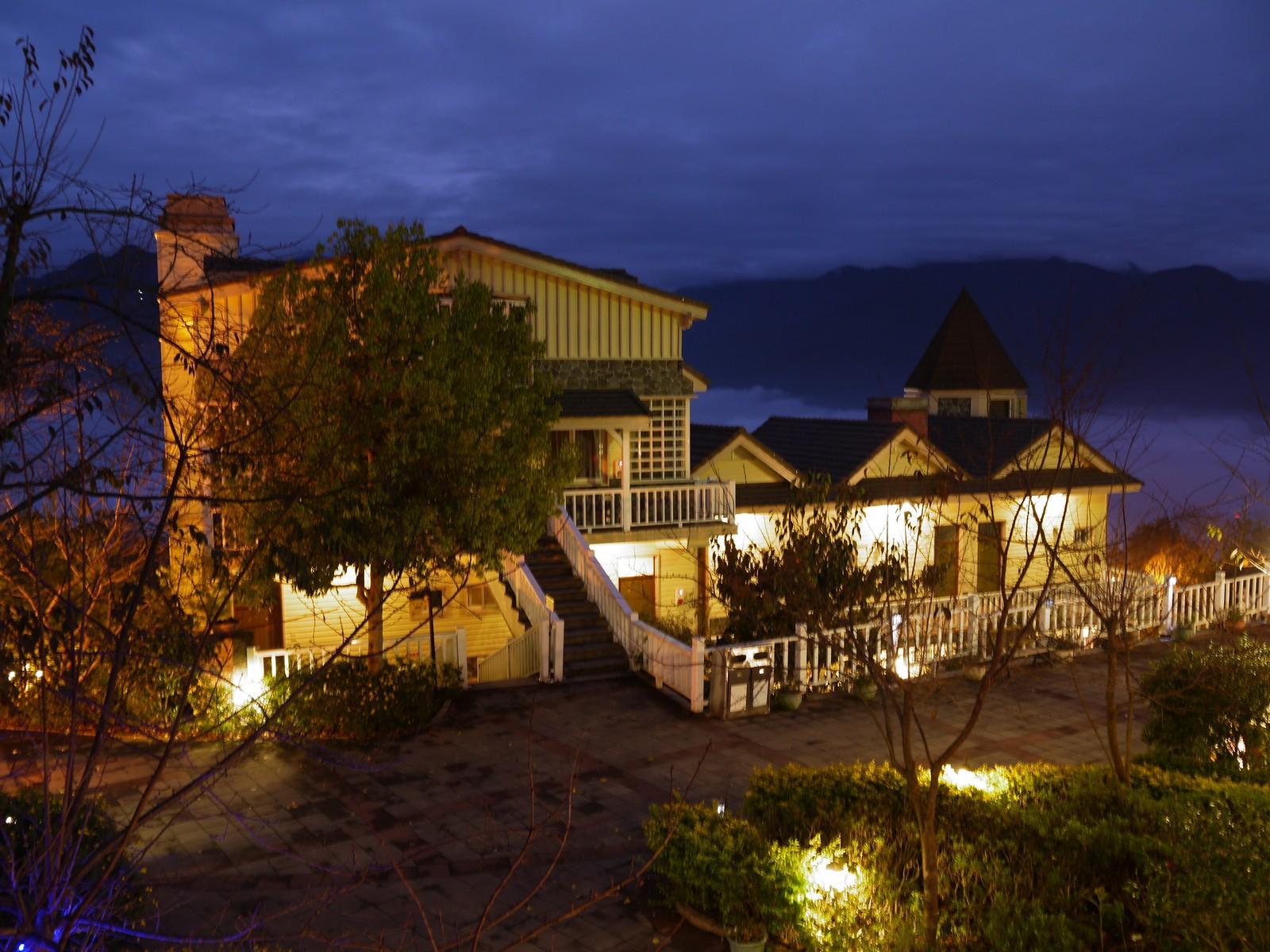 「星空之城」采欧式古堡造型的兼具现代与古典的